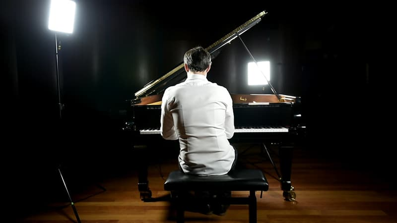 History Trivia Question: Which philosopher had a brother who was a one-armed concert pianist?