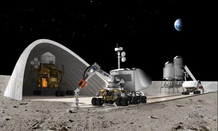 Наука Вопрос: Есть ли на Луне специально изготовленные и доставленные туда памятные знаки, посвященные освоению космоса?