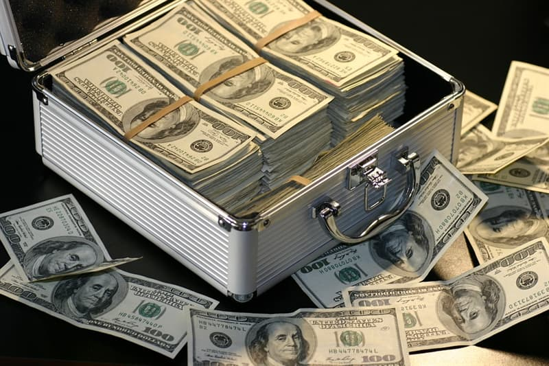 History Trivia Question: How many denominations of currency has the United States printed for general circulation that have been larger than $20?