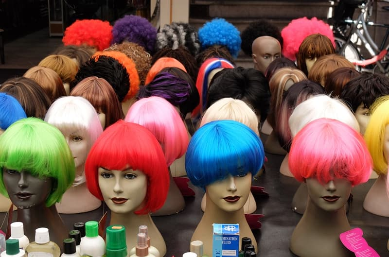 "History Trivia Question: What is the word ""wig"" short for in the English language?"