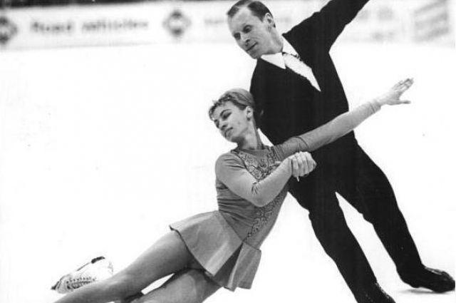 Спорт Вопрос: Сколько раз Белоусова и Протопопов были чемпионами мира в парном катании на коньках?
