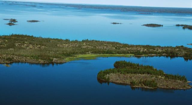 Geography Trivia Question: In which part of Canada is the Great Slave Lake located?