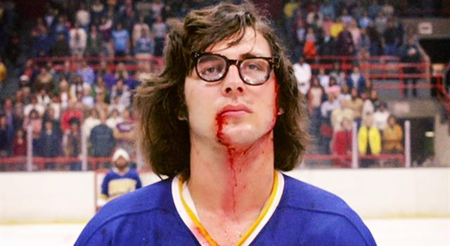 Movies & TV Trivia Question: What is the name of the inept ice hockey team in the 1977 film 'Slap Shot'?