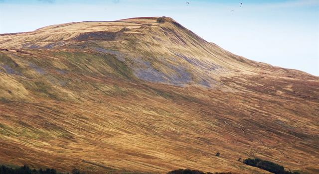 Geography Trivia Question: Where in Britain is the mountain known as Whernside?
