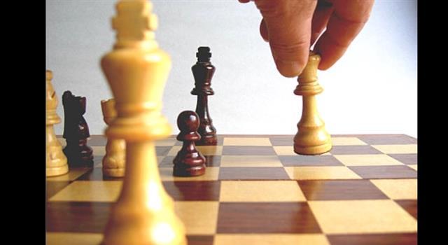 Deporte Pregunta Trivia: ¿Cuál es la única jugada del ajedrez en que es permitido mover dos fichas propias en un solo turno?