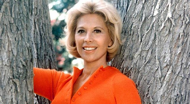 History Trivia Question: In the 1970s, Dinah Shore had a much publicized romantic relationship with a movie star who was twenty years her junior. Who was he?