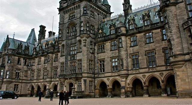 Geography Trivia Question: In which British city is the independent school known as Fettes College?