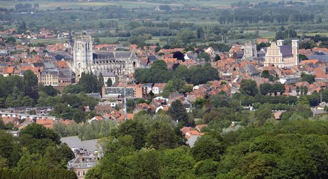 History Trivia Question: On 8 October 1914 which French town housed a British Army headquarters during World War I?