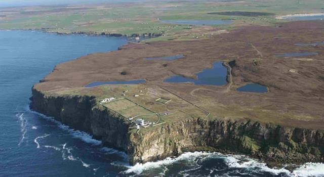 Geography Trivia Question: The peninsula Dunnet Head includes the northernmost point of the mainland of which country?