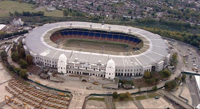 Sport Trivia Question: Which was the last football club to win the Football association (FA) Cup Final at the old Wembley Stadium?