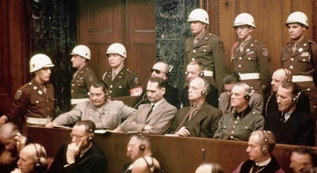 Historia Pregunta Trivia: ¿En qué ciudad alemana se juzgó a los líderes nazis por crímenes de guerra?