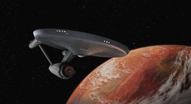 Películas y TV Pregunta Trivia: ¿Qué actor personificó al capitán de la nave Enterprise en el primer piloto de la serie Star Trek?