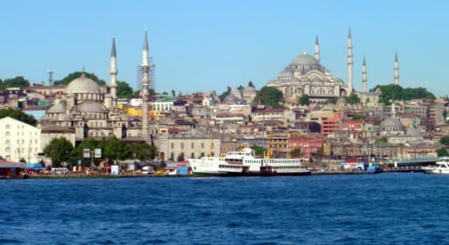 Geografía Pregunta Trivia: ¿Qué estrecho divide en dos, a la ciudad de Estambul?