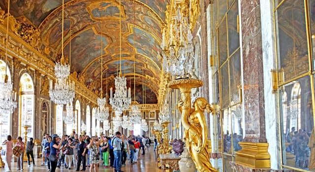Historia Trivia: ¿Quién mandó construir el Palacio de Versalles?
