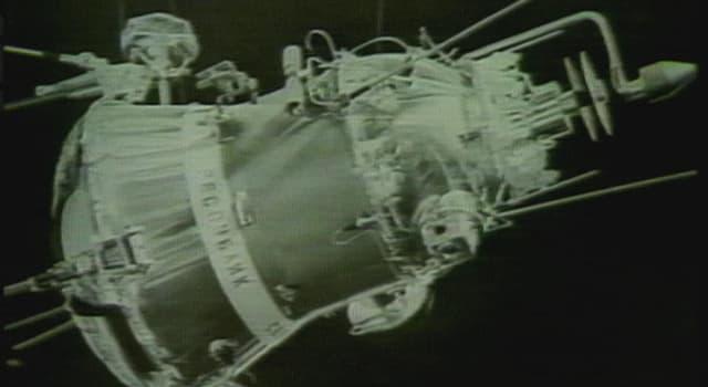 Historia Pregunta Trivia: ¿En qué país cayó el satélite soviético Cosmos 954 en el año 1978?