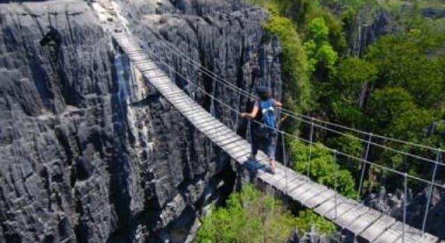 Geografía Pregunta Trivia: ¿En qué país de África se encuentra el Parque Nacional Tsingy de Bemaraha?