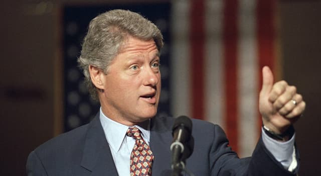 Culture Trivia Question: From which book of Seamus Heaney did American President William Jefferson Clinton read at a state banquet?