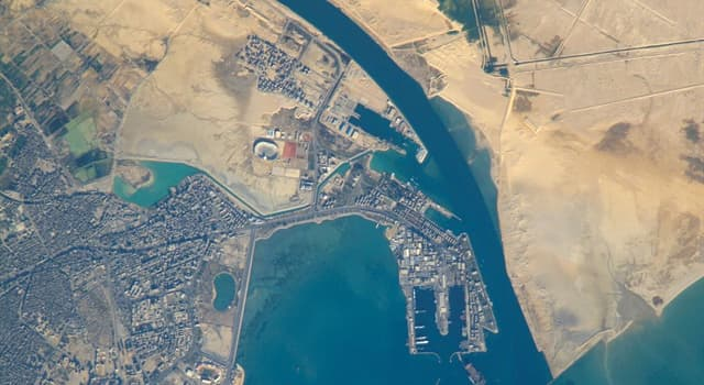 History Trivia Question: In which year did work begin on the Suez Canal in Egypt?