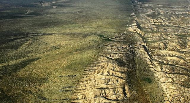 Geography Trivia Question: What is California's most famous fault?