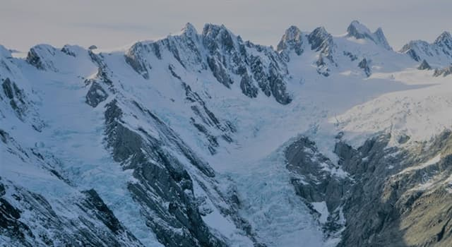 Geography Trivia Question: What is New Zealand's highest mountain?
