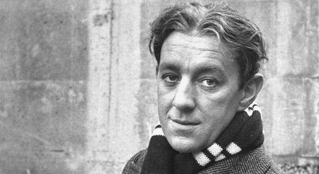 Movies & TV Trivia Question: What was Alec Guinness's role in Great Expectations?