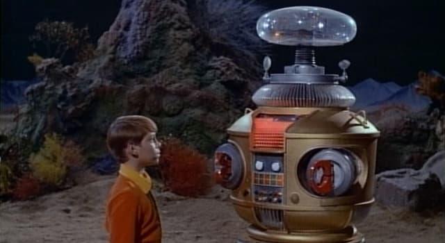 """Películas y TV Pregunta Trivia: ¿Cuál era el nombre oficial del robot de la serie """"Perdidos en el espacio""""?"""