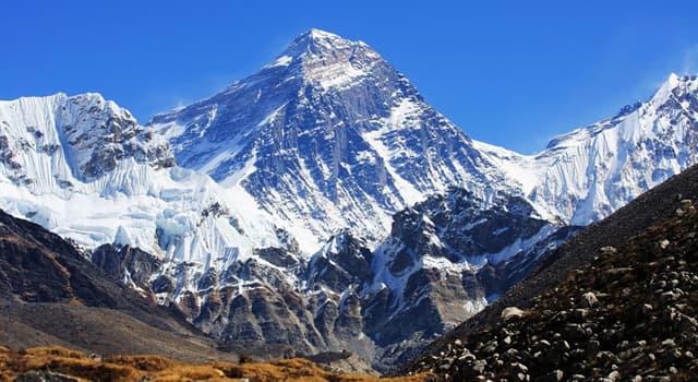 Historia Pregunta Trivia: ¿En qué año fue coronado por primera vez el monte Everest?