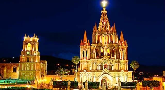 Cultura Pregunta Trivia: ¿En qué parte de México se encuentra la parroquia de la imagen?