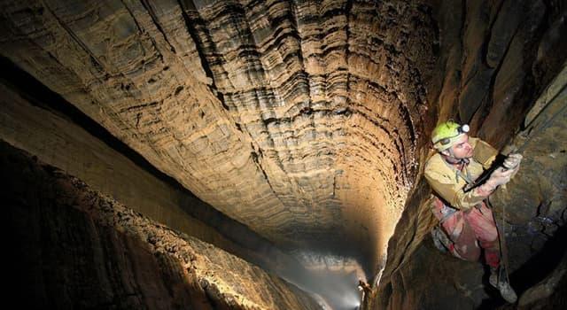 Сiencia Pregunta Trivia: ¿En qué país se encuentra el pozo subterráneo natural más profundo del planeta?