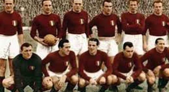Deporte Pregunta Trivia: ¿Qué factor influyó para la temprana eliminación de Italia en el campeonato mundial de fútbol de 1950?
