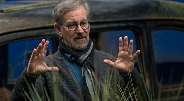 Películas y TV Pregunta Trivia: ¿Cuál es el título de la primera película para cine dirigida por Steven Spielberg?