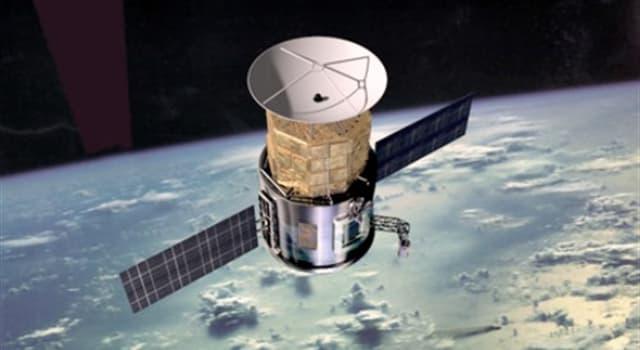 Сiencia Trivia: ¿Cuántos satélites artificiales en pleno funcionamiento se encuentran actualmente orbitando la tierra?