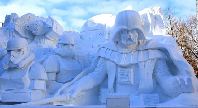 """Geografía Pregunta Trivia: ¿En qué país se realiza todos los años el """"Festival de la nieve"""", al que pertenece la fotografía?"""