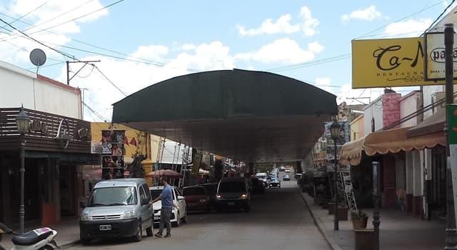 Geografía Pregunta Trivia: ¿Donde se encuentra la única calle techada de Latinoamérica?
