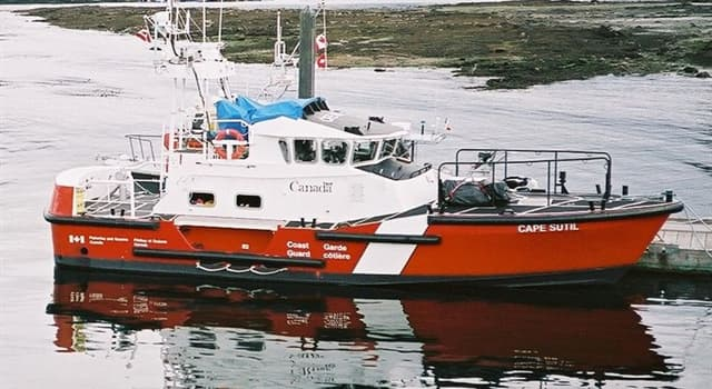 Society Trivia Question: What length are the 'Cape-class' motor lifeboat vessels that are used in the Coast Guards of Canada and the US?