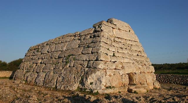 Historia Trivia: ¿Cómo se denomina el monumento prehistórico de la imagen?