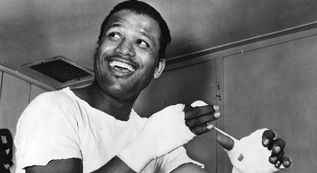 Sport Trivia Question: How many times did Sugar Ray Robinson win a boxing world championship?