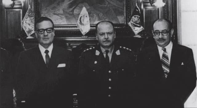 Historia Pregunta Trivia: ¿En qué país en los 60's Juan Alvarado dio un golpe militar?