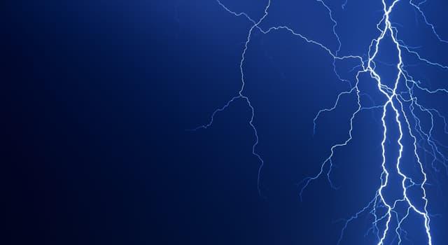 Природа Вопрос: Какова вероятность того, что молния ударит в одно и то же место дважды?
