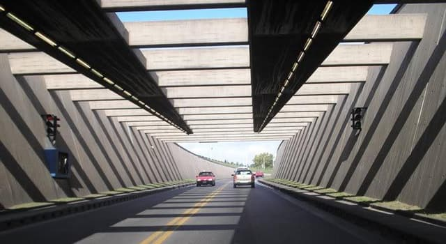 Geografía Pregunta Trivia: ¿Qué ciudades o estados une el túnel Uranga-Silvestre Begnis?
