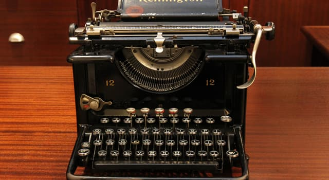 History Trivia Question: What colour was Ian Fleming's typewriter?