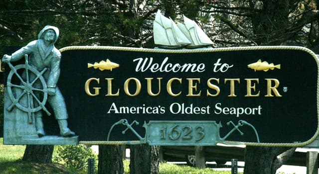 Movies & TV Trivia Question: Which film below is set in Gloucester, Massachusetts?