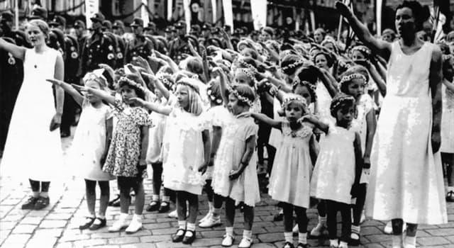 """Sociedad Pregunta Trivia: ¿Cuál de las siguientes cantantes escandinavas fue """"producto"""" de un programa para crear la raza aria pura?"""