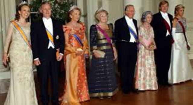 Historia Pregunta Trivia: ¿En cuál de los siguientes países fue reina consorte Fabiola de Mora y Aragón?