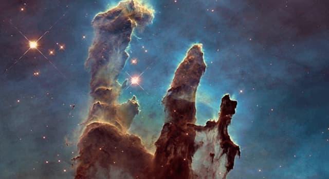 Cultura Pregunta Trivia: En la imagen apreciamos una formación llamada Pilares de la Creación. ¿Sabes en qué nebulosa se encuentra?