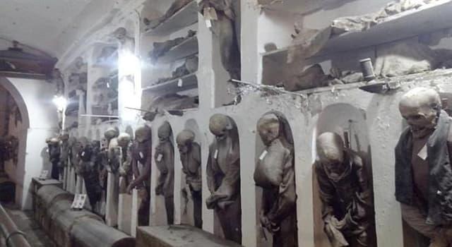 Geografía Trivia: ¿En qué ciudad de Italia se encuentran las Catacumbas de los Capuchinos?