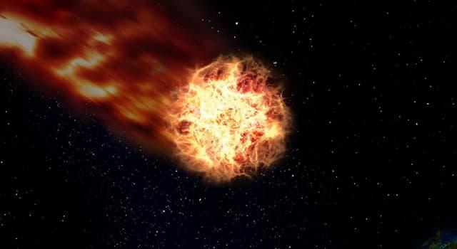 Сiencia Pregunta Trivia: ¿Hacia dónde apunta siempre la cola de gas de los cometas?