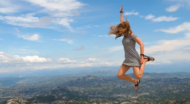 Природа Вопрос: Какое живое существо прыгает до 220 раз выше длины собственного тела?