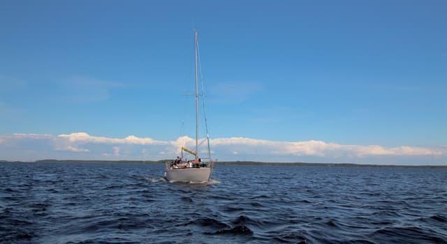 Культура Вопрос: Какой известный композитор участвовал в морской экспедиции к берегам Северной Америки?