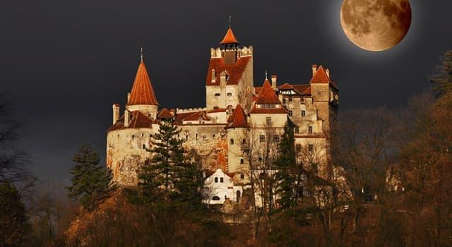 Películas y TV Pregunta Trivia: ¿Qué actor famoso de Hollywood fue enterrado con su propio traje de Drácula?
